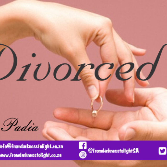 divorced, People point fingers